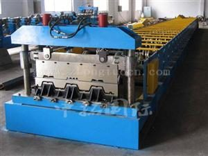steel floor decking roll forming machines 1 300x225 - steel floor decking roll forming machines