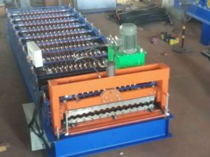 Corrugated roll forming machine 300x225 - Corrugated metal panels roll forming machine