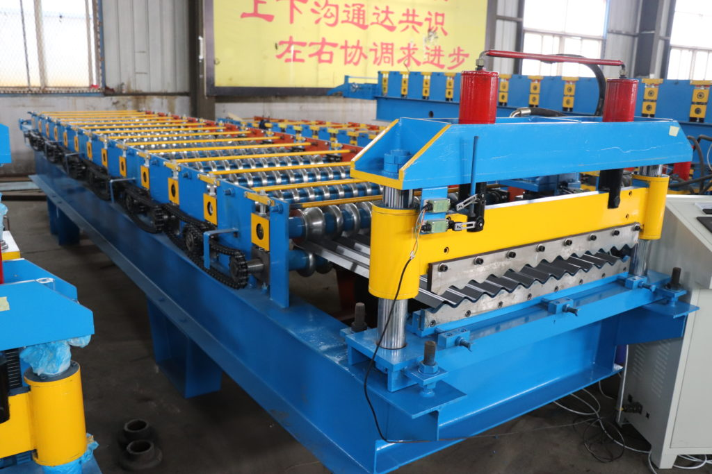 IMG 0214 1024x683 - Metal roofing sheets production line with customized logo