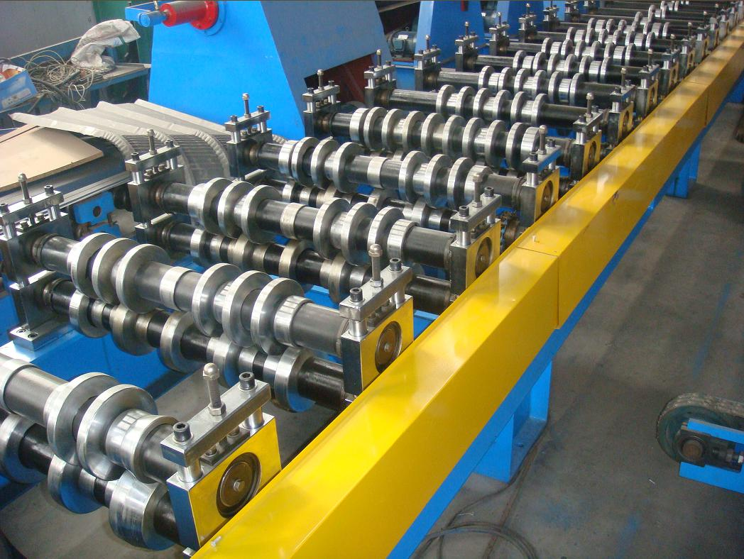 Pillar structure frame roofing panel roll forming machine_main