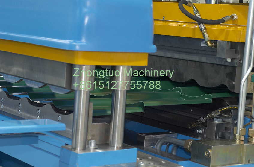 metal roofing rolling machine